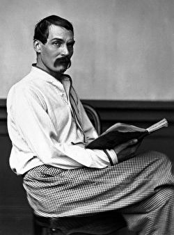 Photo of Richard Francis Burton reading